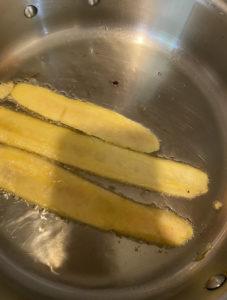 fried plantain rolls